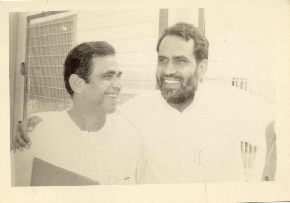 Dr. Sinha with Prime Minister Chandrashekhar